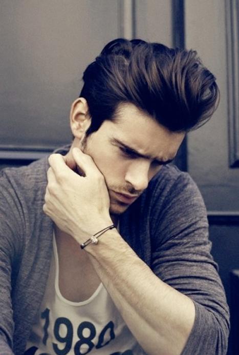 La mode des cheveux longs homme