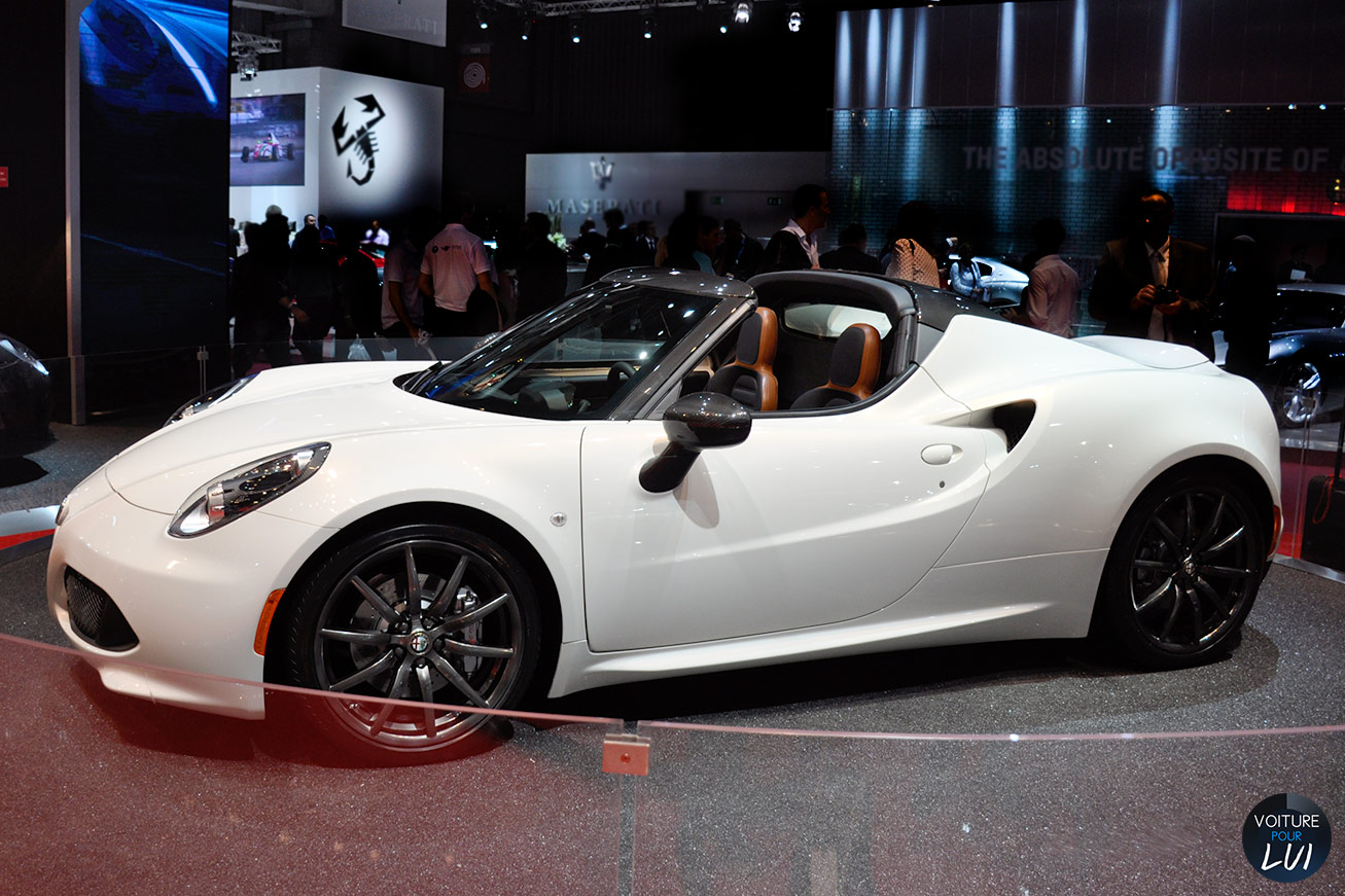 alfa romeo 4c spider mondial auto 2014 photo. Black Bedroom Furniture Sets. Home Design Ideas