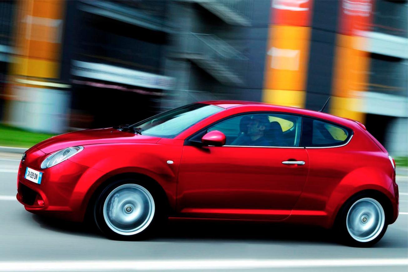 Alfa-Romeo  MI TO    http://www.voiturepourlui.com/images/Alfa-Romeo//Exterieur/Alfa_Romeo_Mi_To_008.jpg
