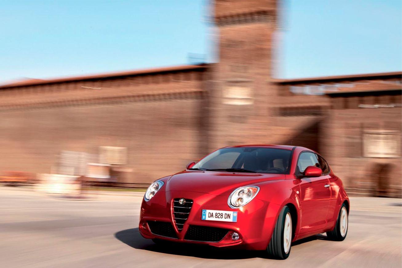 Alfa-Romeo  MI TO    http://www.voiturepourlui.com/images/Alfa-Romeo//Exterieur/Alfa_Romeo_Mi_To_013.jpg