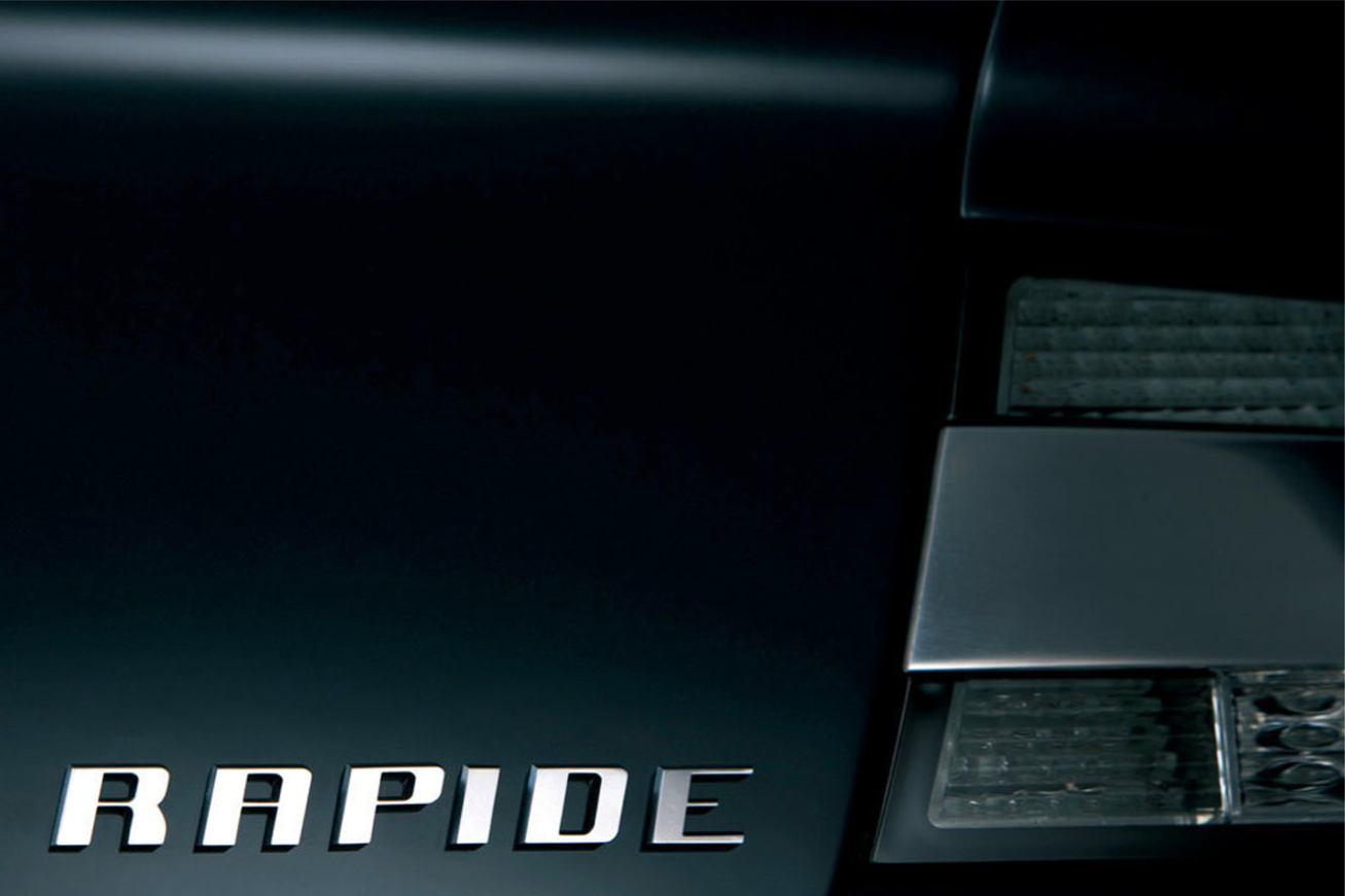 Aston-Martin  RAPIDE    http://www.voiturepourlui.com/images/Aston-Martin//Exterieur/Aston_Martin_Rapide_026.jpg