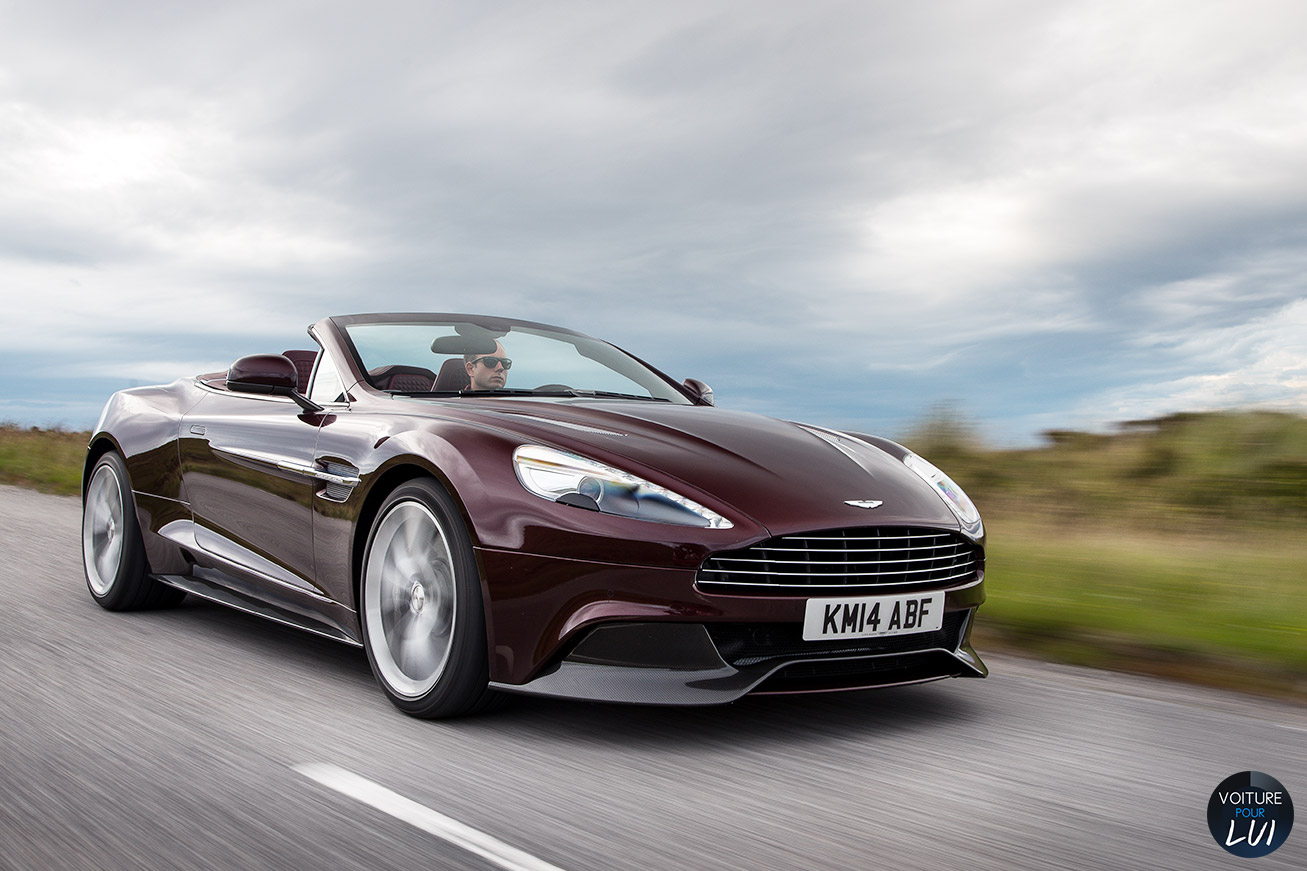 Nouvelle photo : Aston-MartinVanquish-Volante-2015