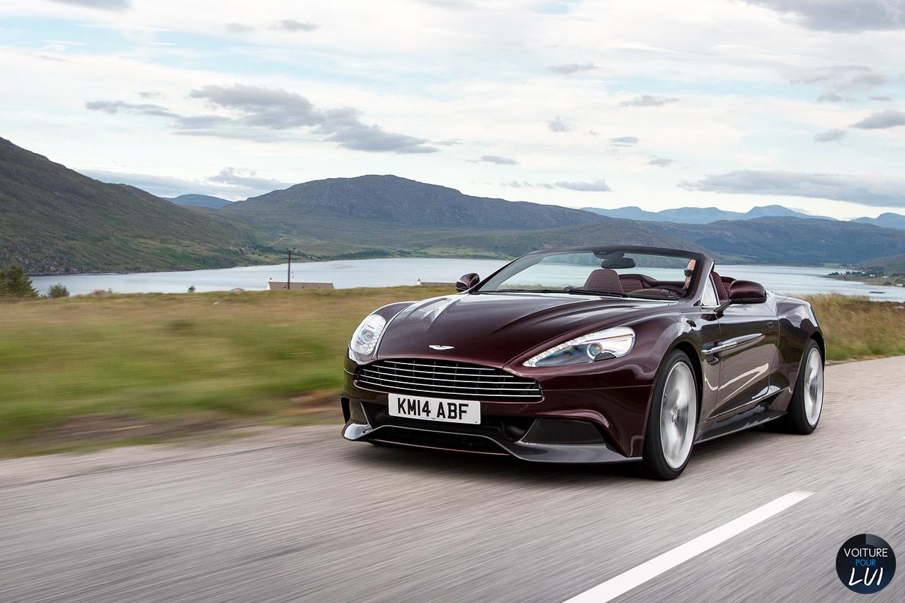 Aston-Martin  VANQUISH VOLANTE 2015    http://www.voiturepourlui.com/images/Aston-Martin//Exterieur/Aston_Martin_Vanquish_Volante_2015_007.jpg
