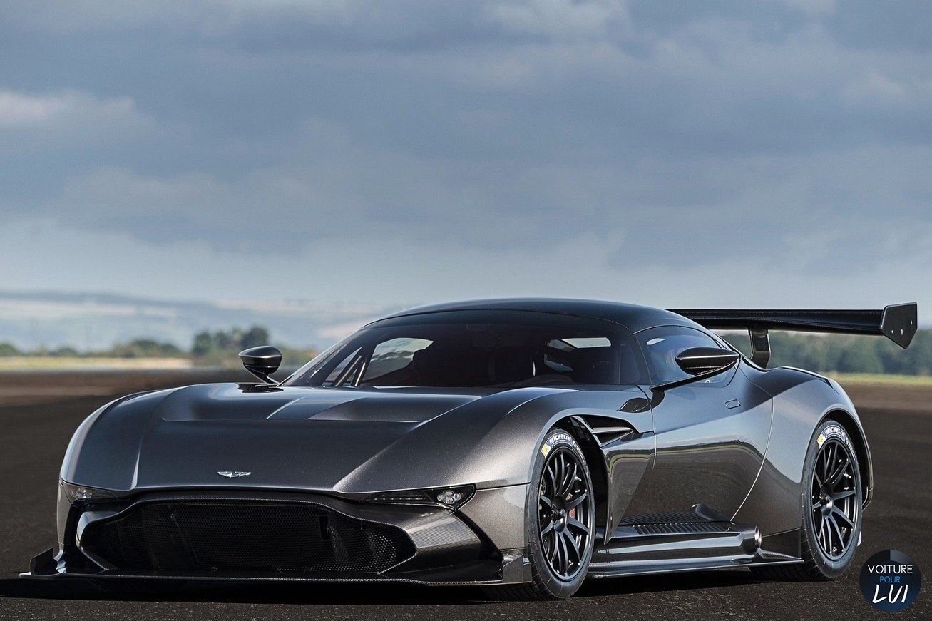 Nouvelle photo : Aston-MartinVulcan-2016