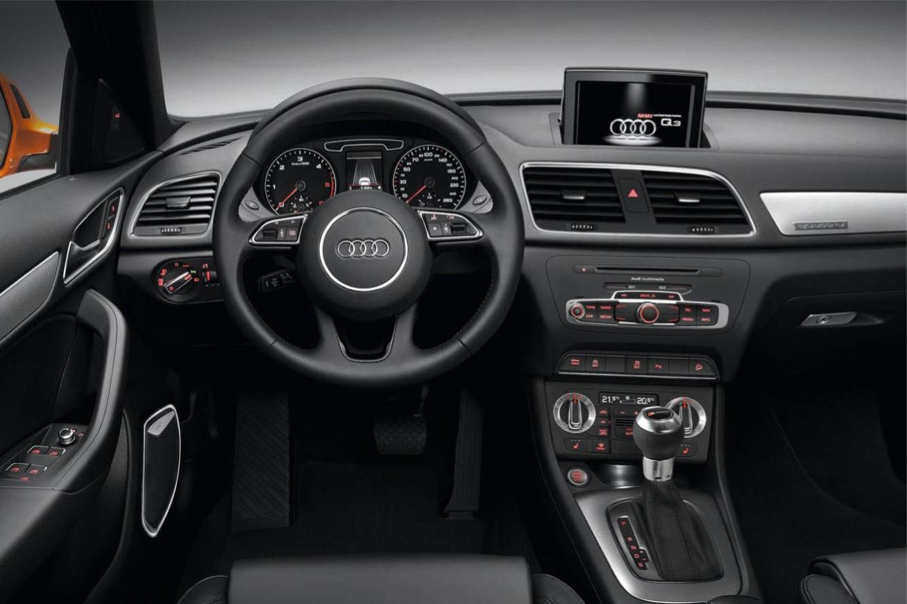 Audi  Q3    http://www.voiturepourlui.com/images/Audi//Interieur/Audi_Q3_501.jpg