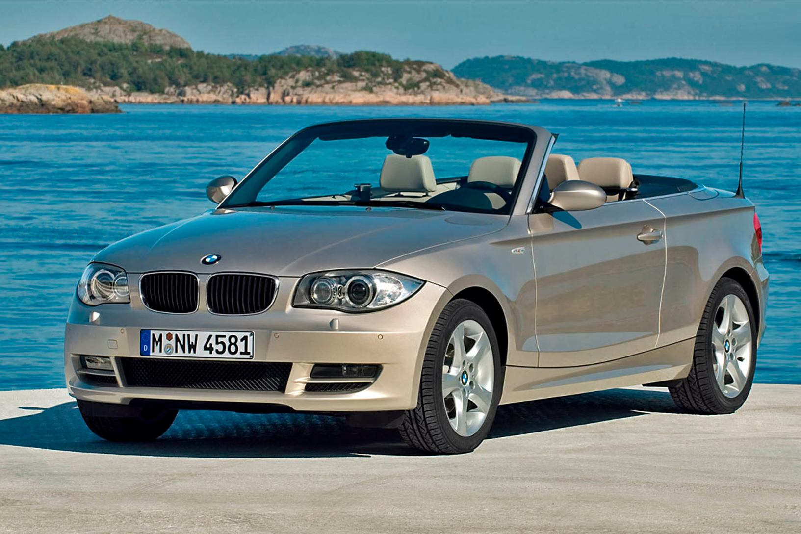 photo bmw serie 1 cabriolet 2009. Black Bedroom Furniture Sets. Home Design Ideas