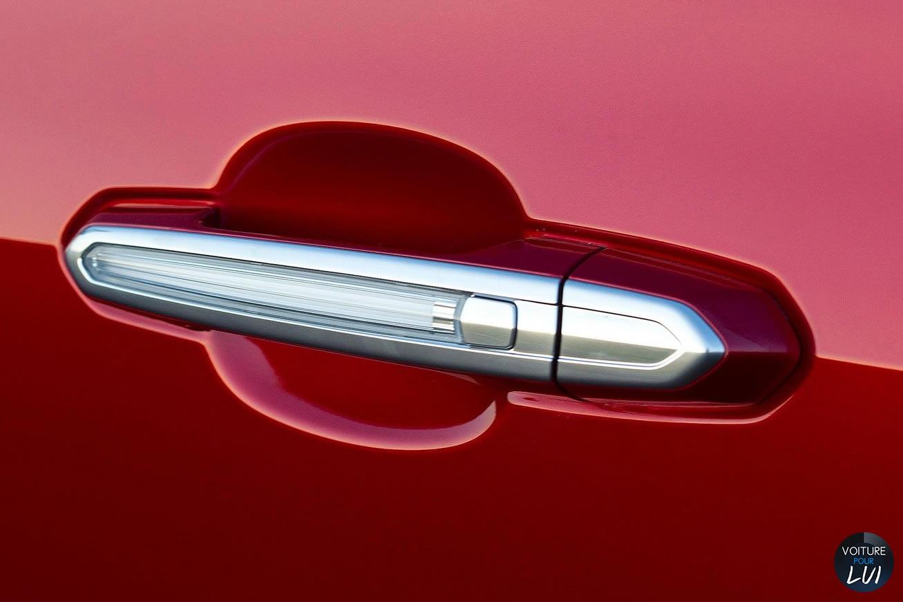 Cadillac ats 2014 poignet porte for Poignet de porte interieur