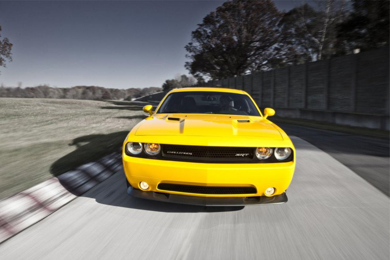 Les nouvelles photos de : Challenger-SRT8-392-Yellow-Jacket