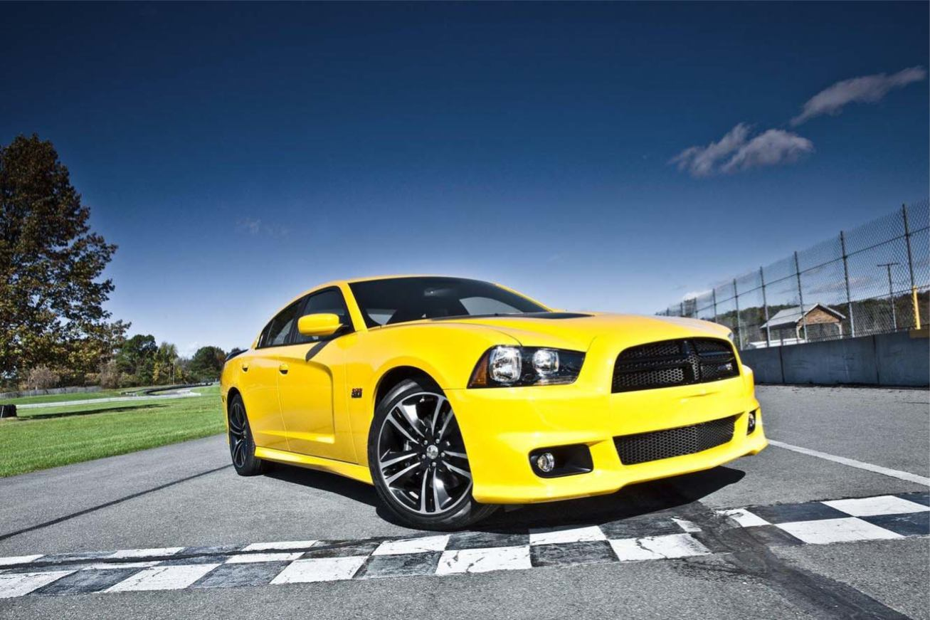 Les nouvelles photos de : Charger-SRT8-Super-Bee