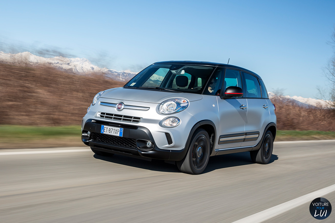 Fiat  500L BEATS EDITION   Route  http://www.voiturepourlui.com/images/Fiat//Exterieur/Fiat_500L_Beats_Edition_004_route.jpg