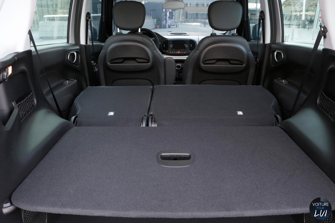 Fiat  500L BEATS EDITION   Arriere  http://www.voiturepourlui.com/images/Fiat//Interieur/Fiat_500L_Beats_Edition_012_coffre.jpg