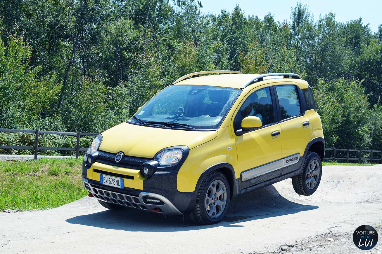 prix fiat panda cross et motorisations. Black Bedroom Furniture Sets. Home Design Ideas