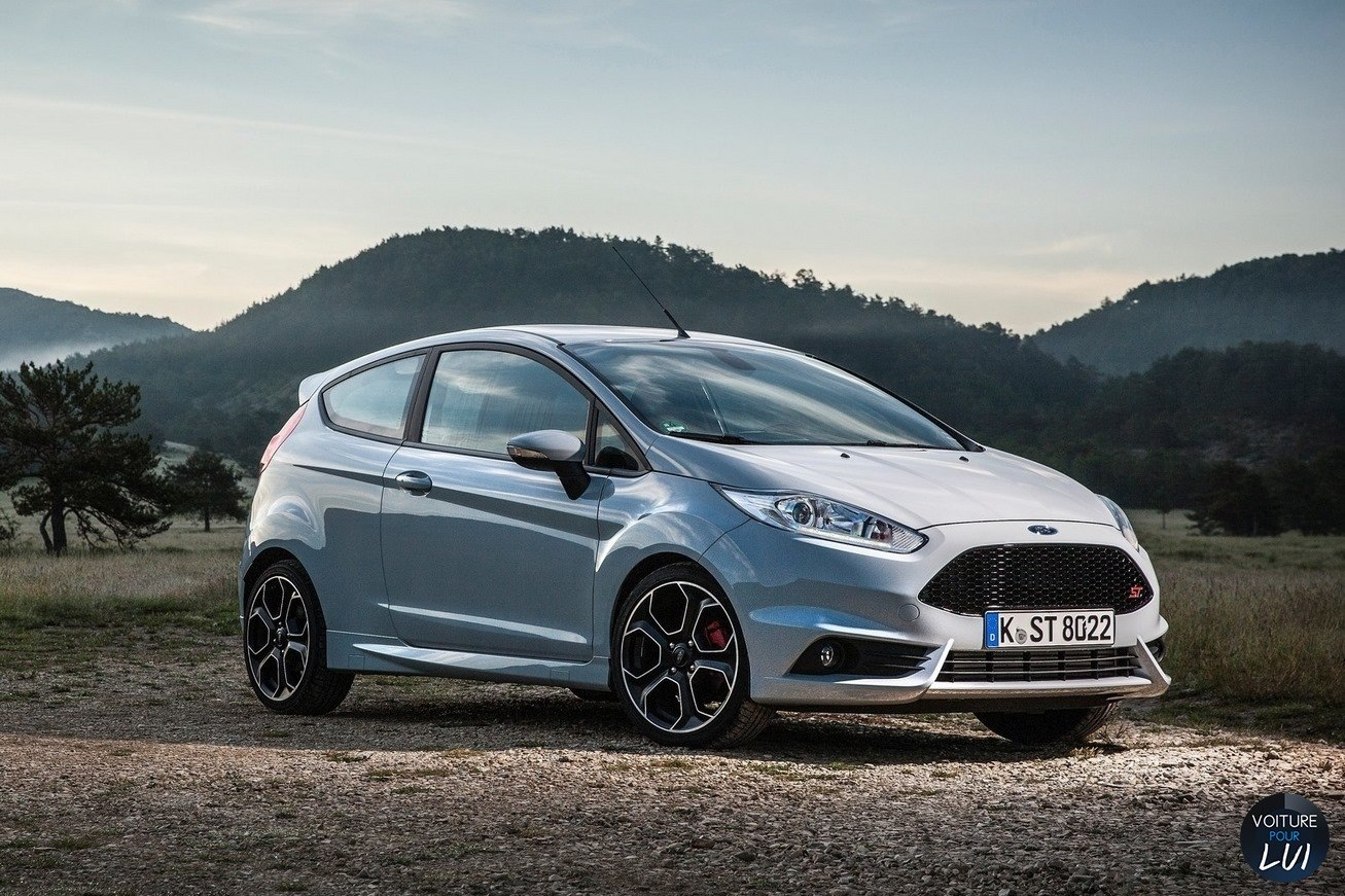 Nouvelle photo : FordFiesta-ST200-2016