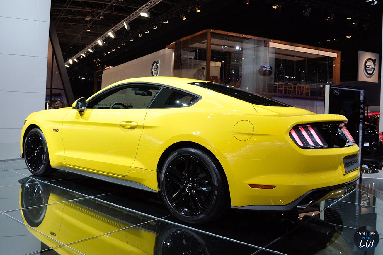 Ford  MUSTANG GT MONDIAL AUTO 2014   Jaune  http://www.voiturepourlui.com/images/Ford//Exterieur/Ford_Mustang_GT_Mondial_Auto_2014_005_jaune.jpg