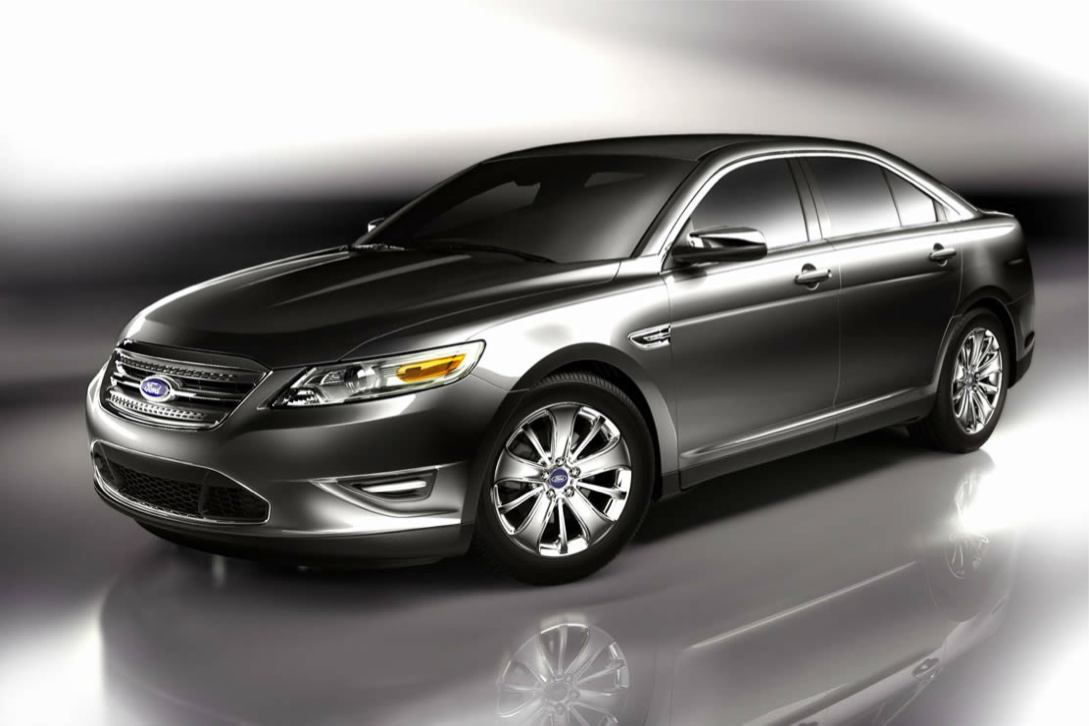 Ford  TAURUS 2010    http://www.voiturepourlui.com/images/Ford//Exterieur/Ford_Taurus_2010_010.jpg