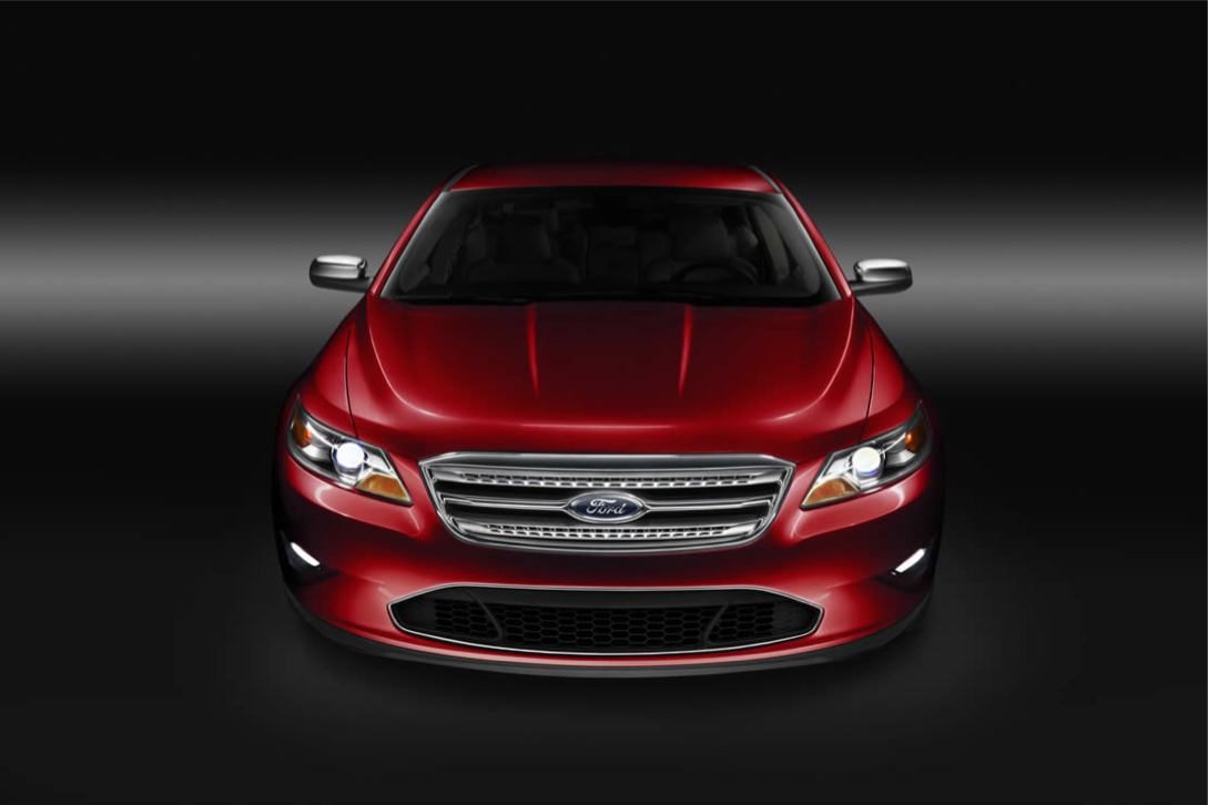 Ford  TAURUS 2010    http://www.voiturepourlui.com/images/Ford//Exterieur/Ford_Taurus_2010_028.jpg