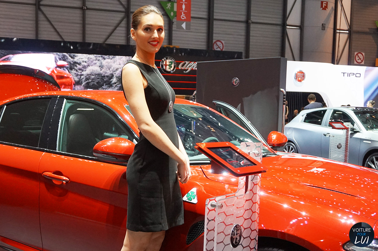 Hotesse fille salon auto geneve 2016 alfaromeo for Salon geneve auto