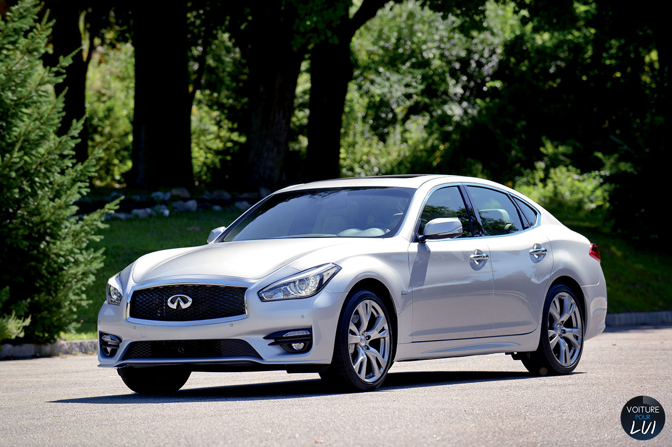 Nouvelle photo : InfinitiQ70