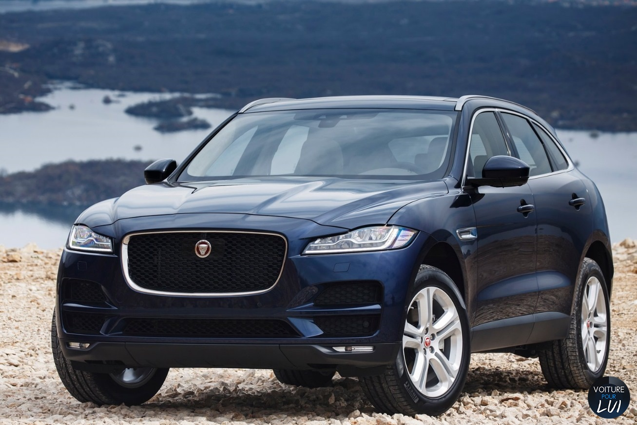 Jaguar f pace 2017 face gauche bleu for Interieur jaguar f pace