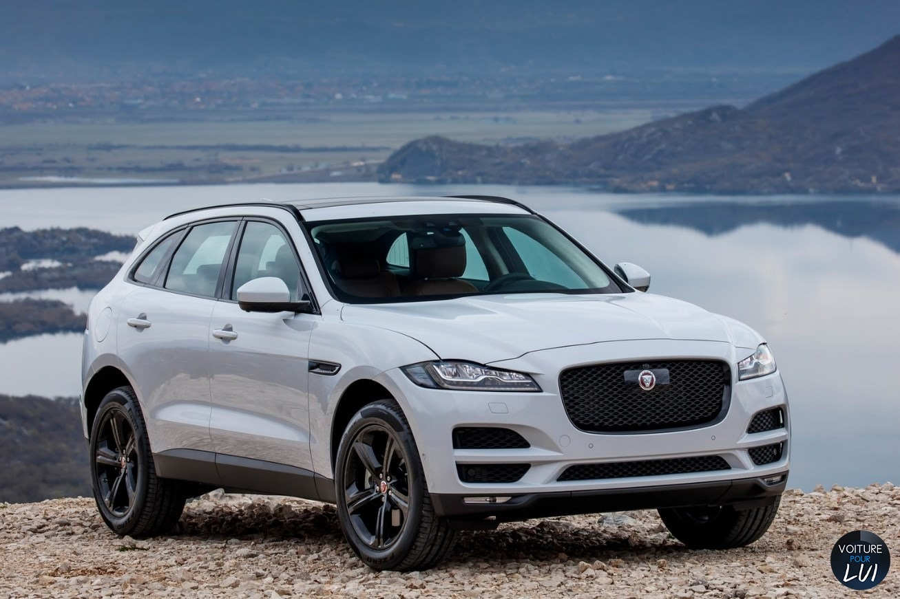 Photos jaguar f pace 2017 2017 numero 16 for Interieur jaguar f pace
