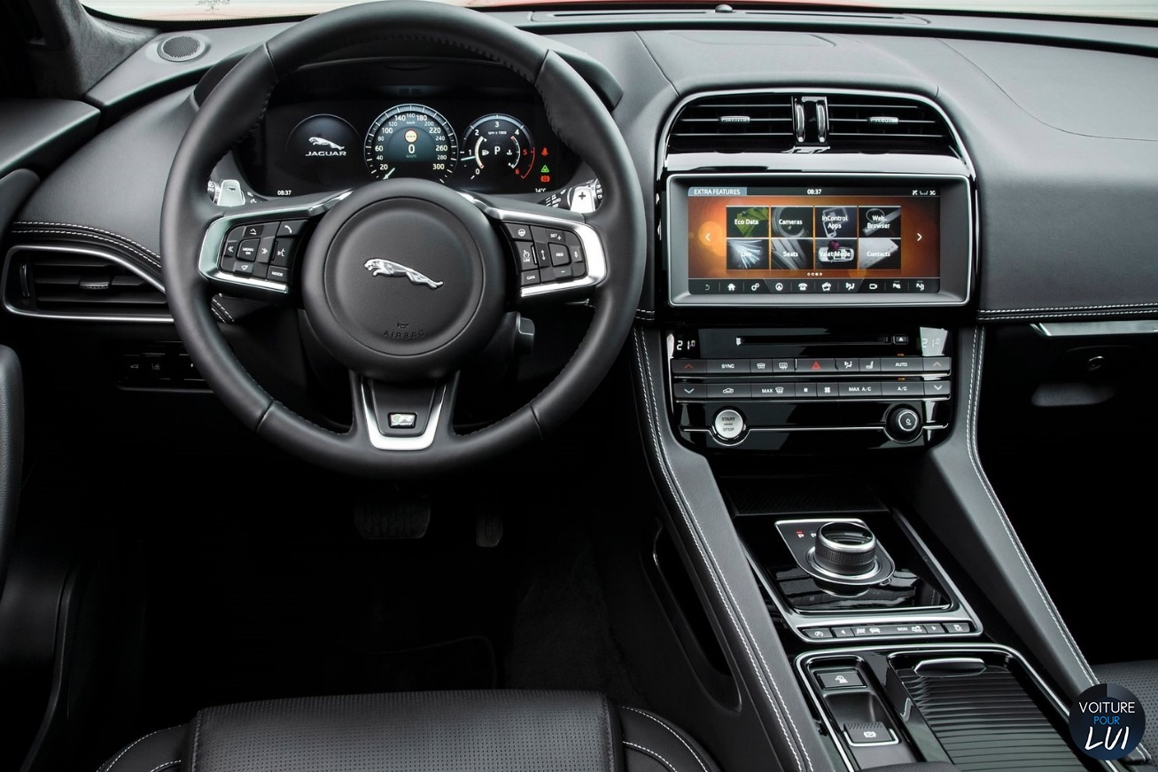 Photos jaguar f pace 2017 2017 numero 20 for Interieur jaguar f pace