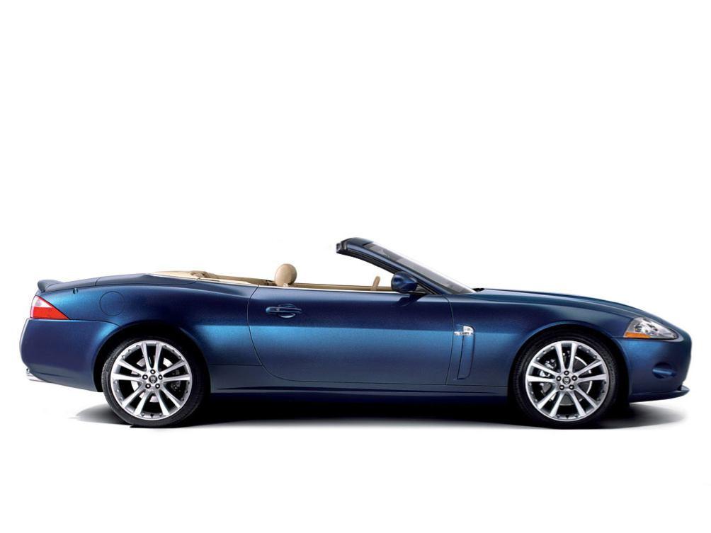 Jaguar  XK CABRIOLET    http://www.voiturepourlui.com/images/Jaguar//Exterieur/Jaguar_XK_Cabriolet_002.jpg