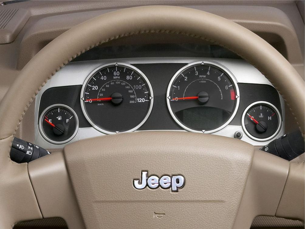 Photos jeep compass 2007 numero 17 for Interieur jeep compass