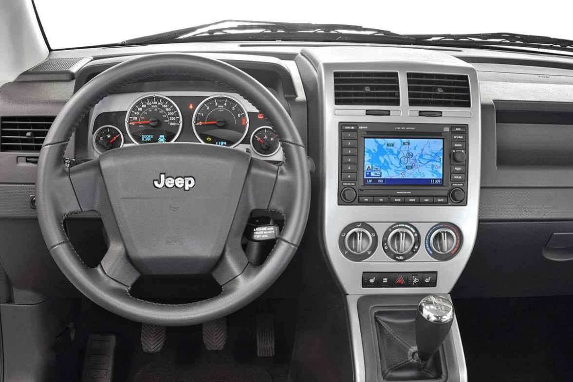 Photos jeep compass 2007 numero 20 for Interieur jeep