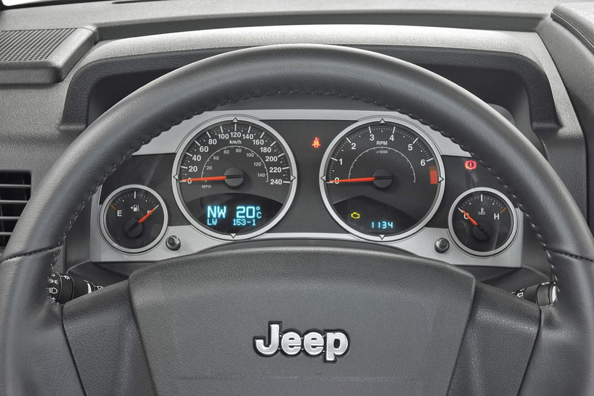Photos jeep compass 2007 numero 24 for Interieur jeep compass