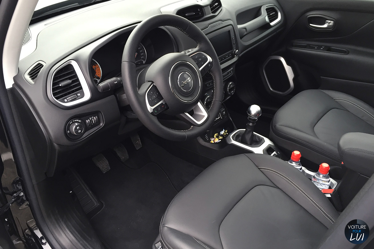 Jeep renegade limited 2015 jeep renegade limited 2015 003 for Interieur jeep renegade