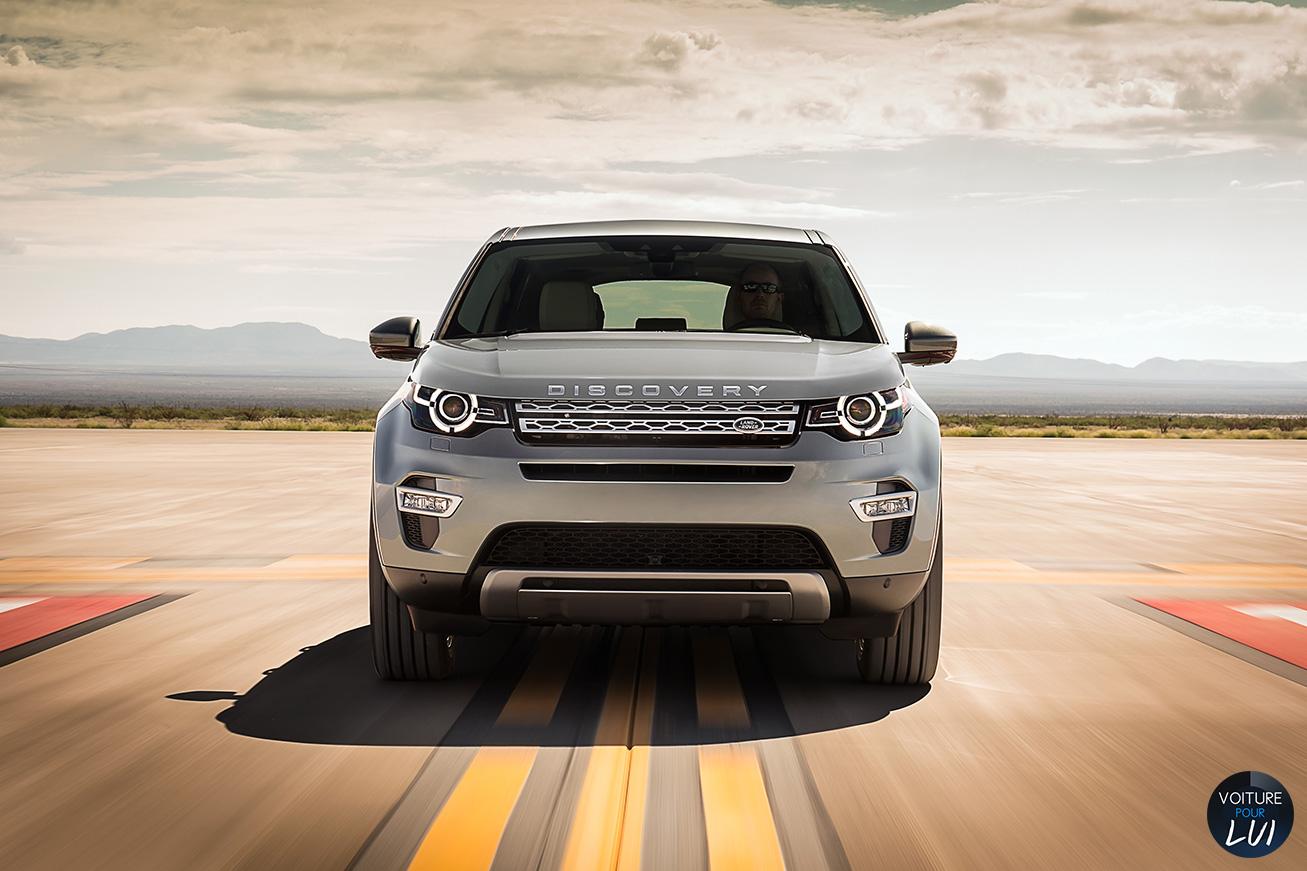 Land-Rover  DISCOVERY SPORT   Calandre  http://www.voiturepourlui.com/images/Land-Rover//Exterieur/Land_Rover_Discovery_Sport_012_calandre.jpg