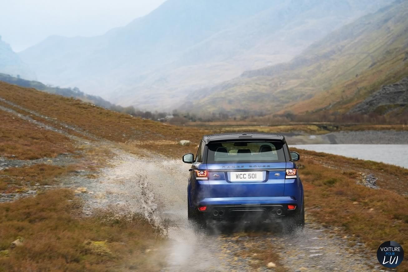 Land-Rover  RANGE ROVER SPORT SVR   Arriere Chemin  http://www.voiturepourlui.com/images/Land-Rover//Exterieur/Land_Rover_Range_Rover_Sport_SVR_012_Arriere_Chemin.jpg