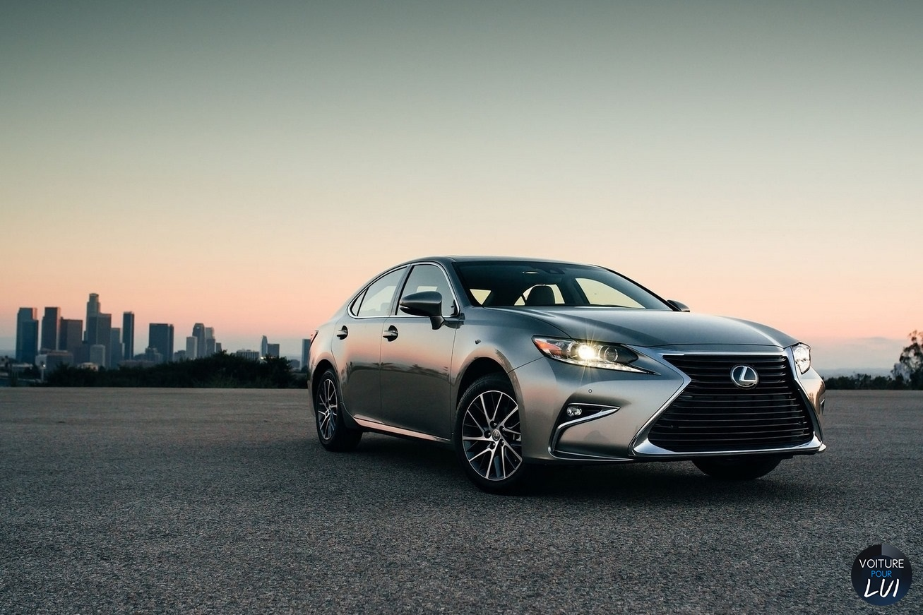 Nouvelle photo : LexusES-2016