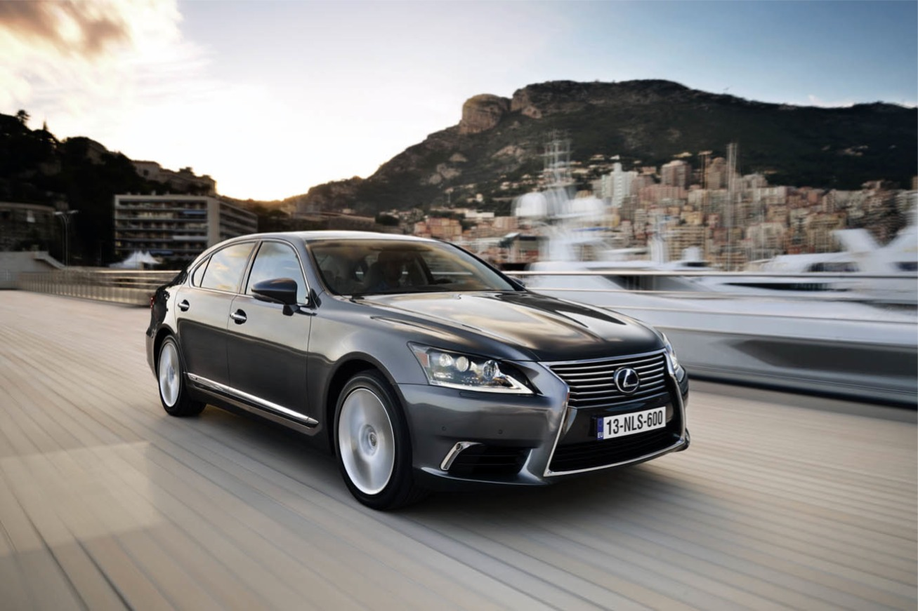 Nouvelle photo : LexusLS-600H