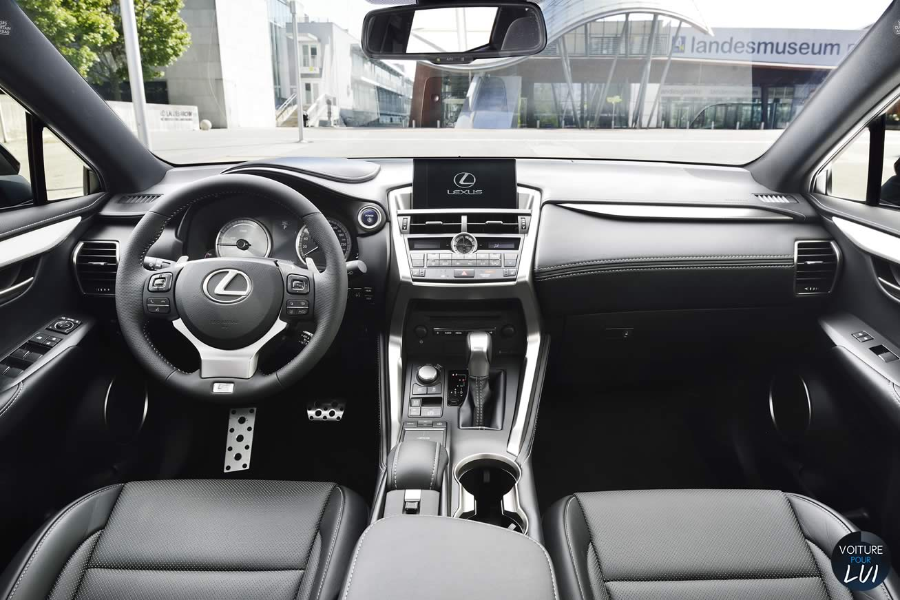 photo lexus nx300h f sport 2015. Black Bedroom Furniture Sets. Home Design Ideas
