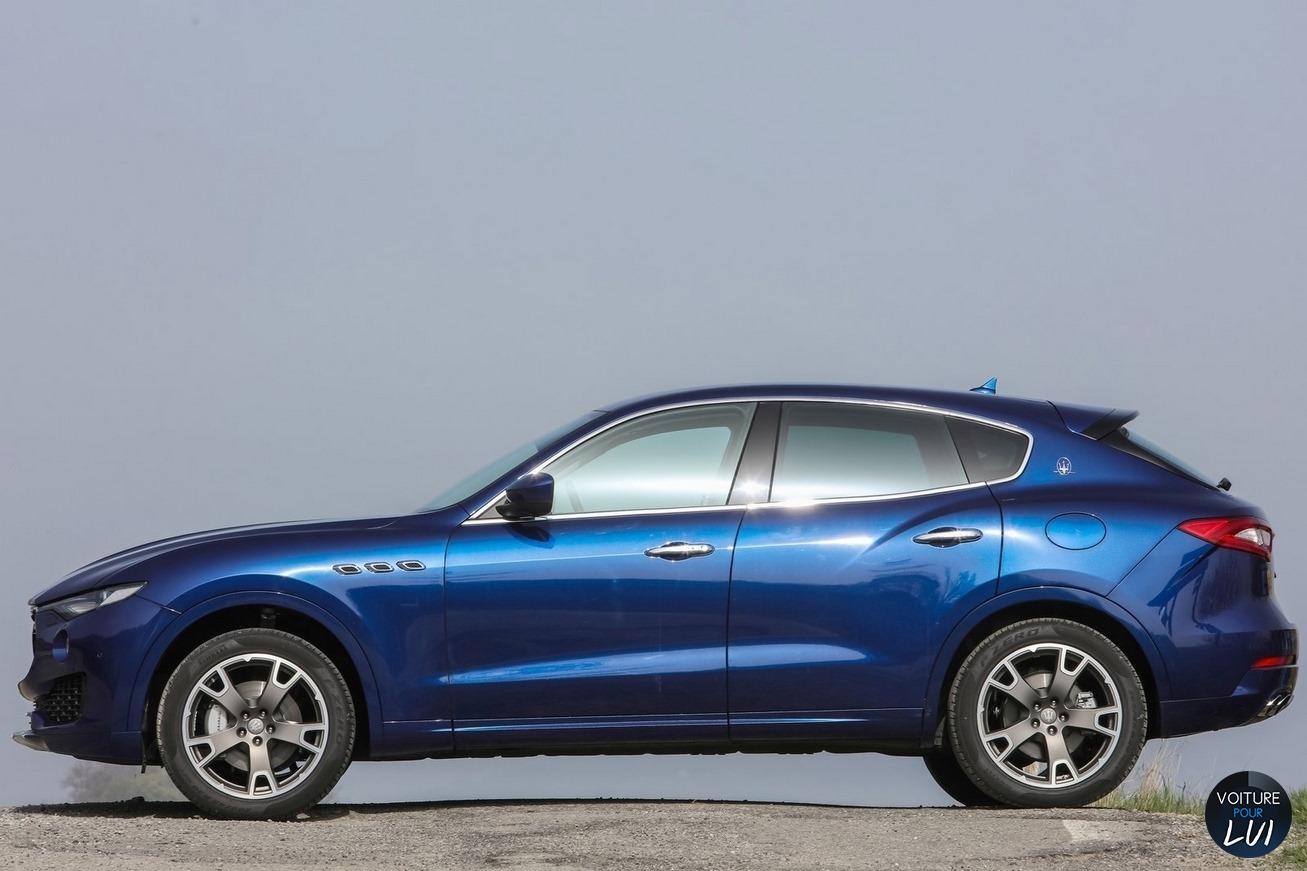 2019 - [Aston Martin] DBX - Page 2 Maserati_Levante_2017_025_bleu_profil