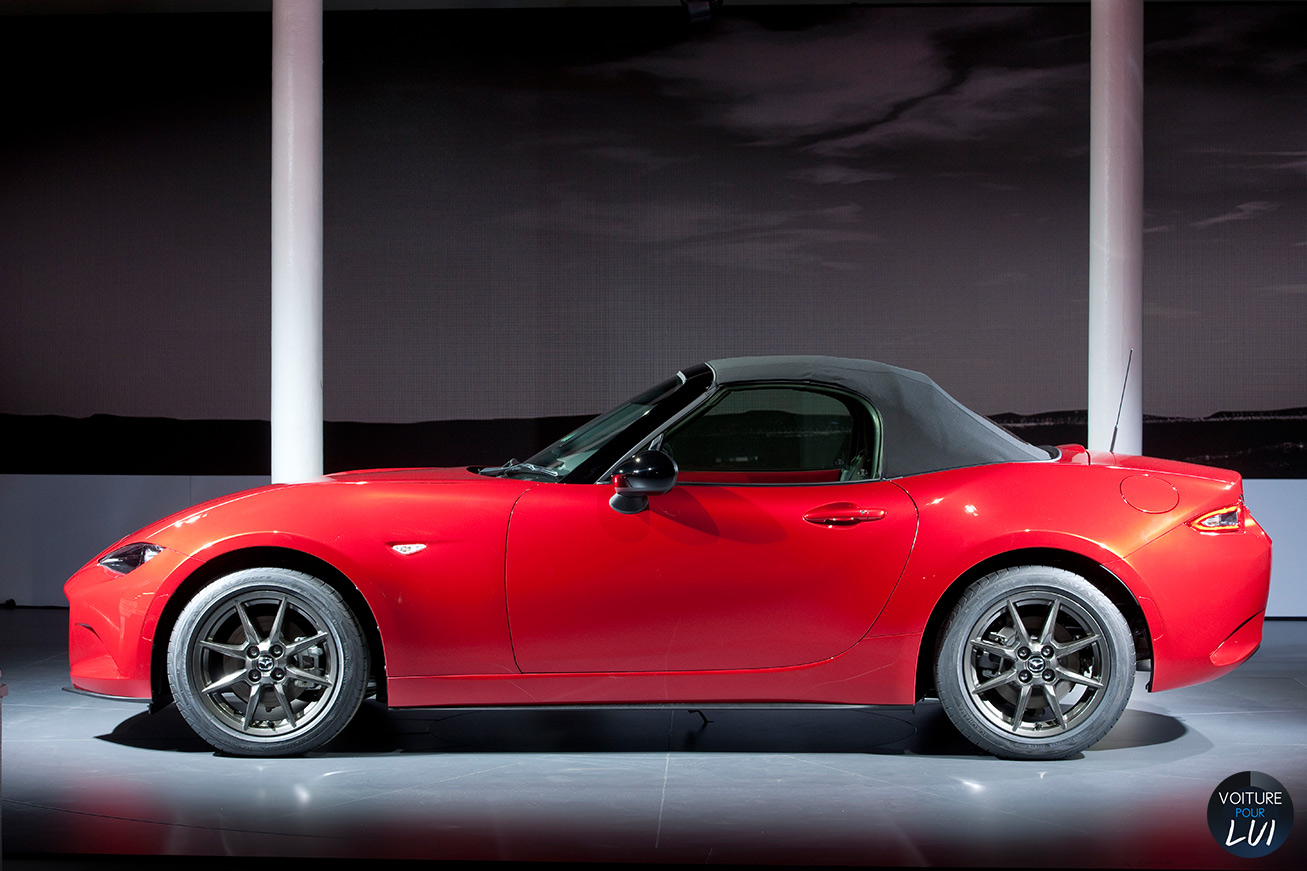 mazda mx 5 2015 cabriolet photo. Black Bedroom Furniture Sets. Home Design Ideas