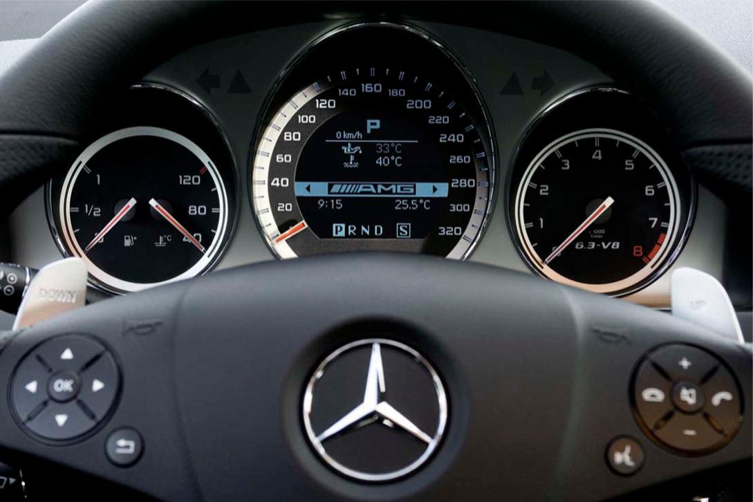 Image Mercedes C63 AMG : Mercedes C63 AMG 003