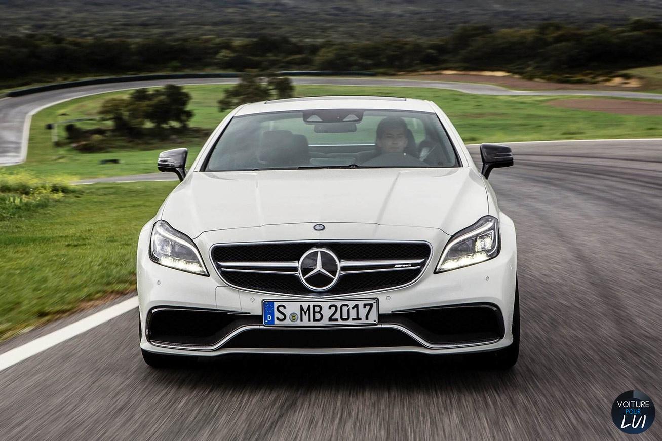 Mercedes  CLS 63 AMG 2015   Calandre  http://www.voiturepourlui.com/images/Mercedes//Exterieur/Mercedes_CLS_63_AMG_2015_008_calandre.jpg