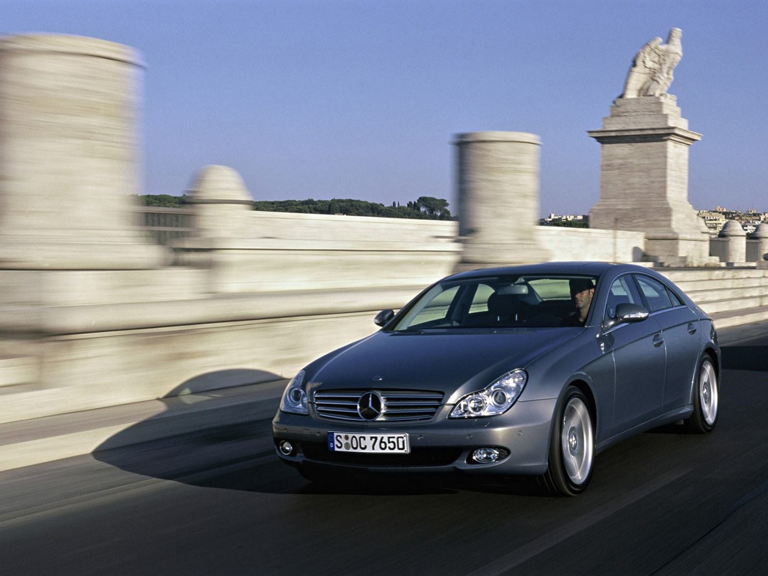 Mercedes CLS photo