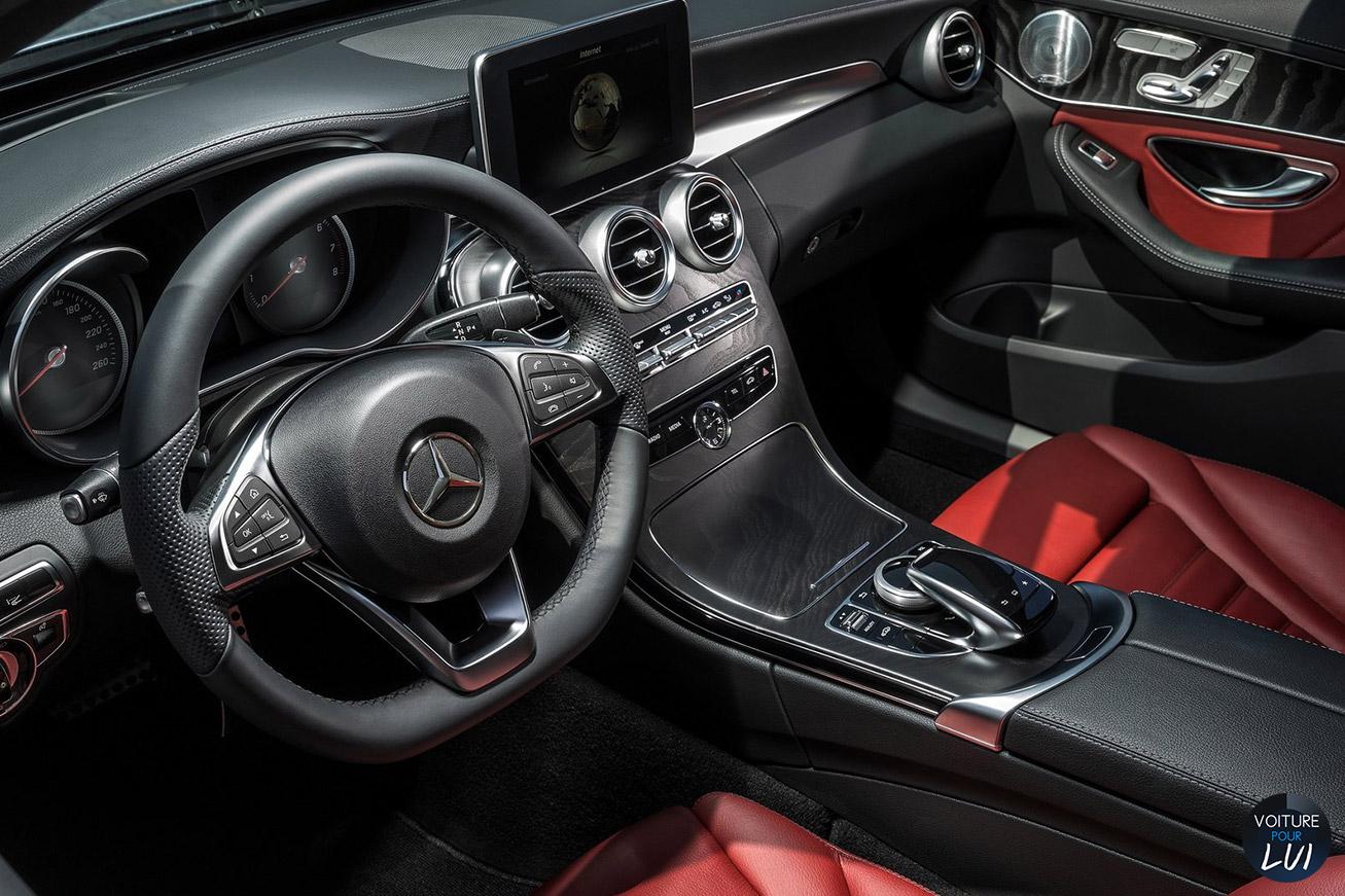 Photo mercedes classe c 2015 bleu for Mercedes classe c interieur