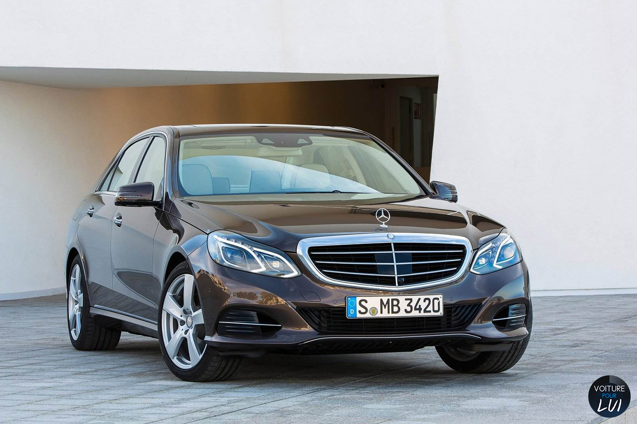 Mercedes  CLASSE E 2014    http://www.voiturepourlui.com/images/Mercedes//Exterieur/Mercedes_Classe_E_2014_009.jpg