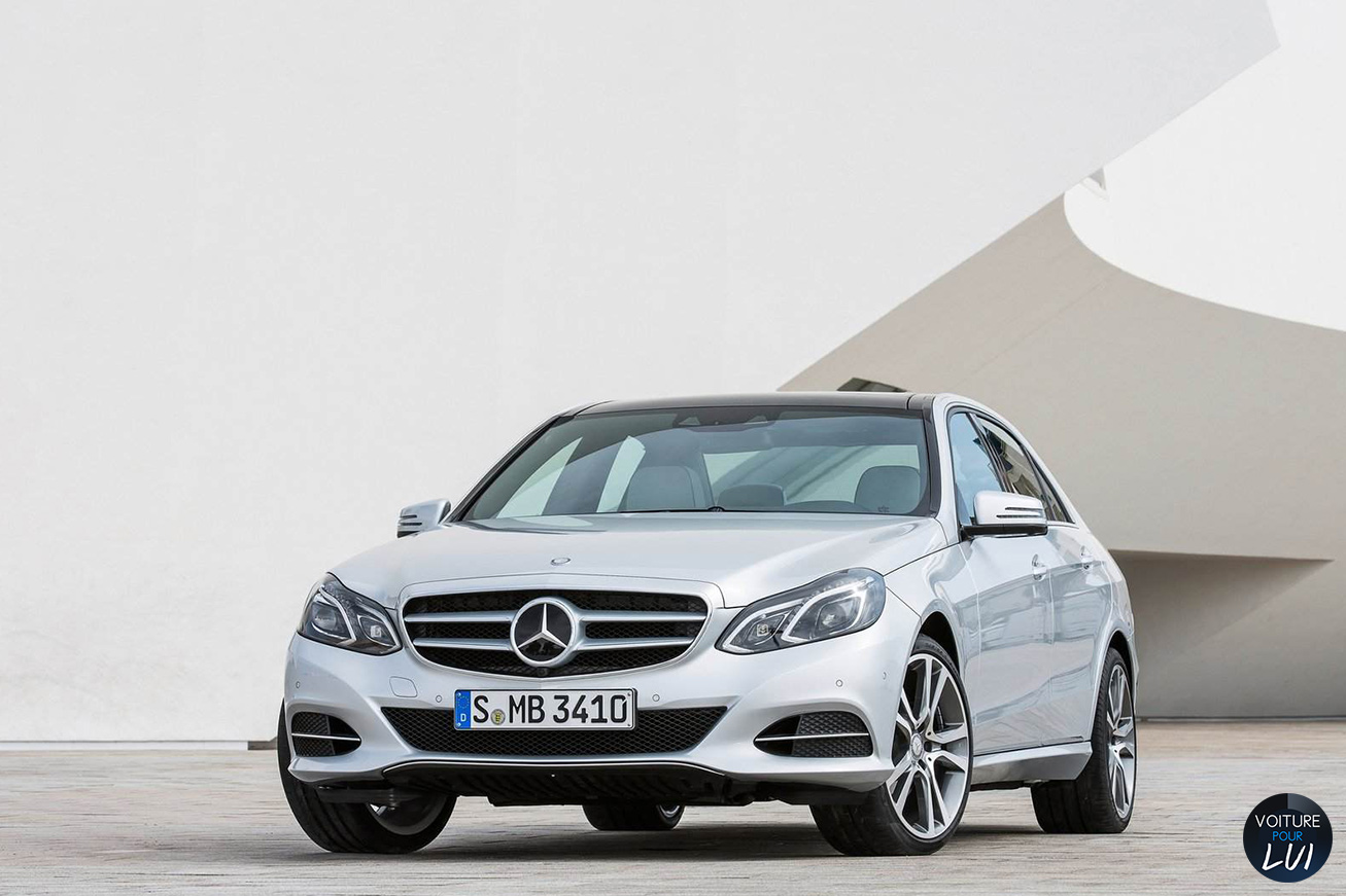 Mercedes  CLASSE E 2014    http://www.voiturepourlui.com/images/Mercedes//Exterieur/Mercedes_Classe_E_2014_014.jpg