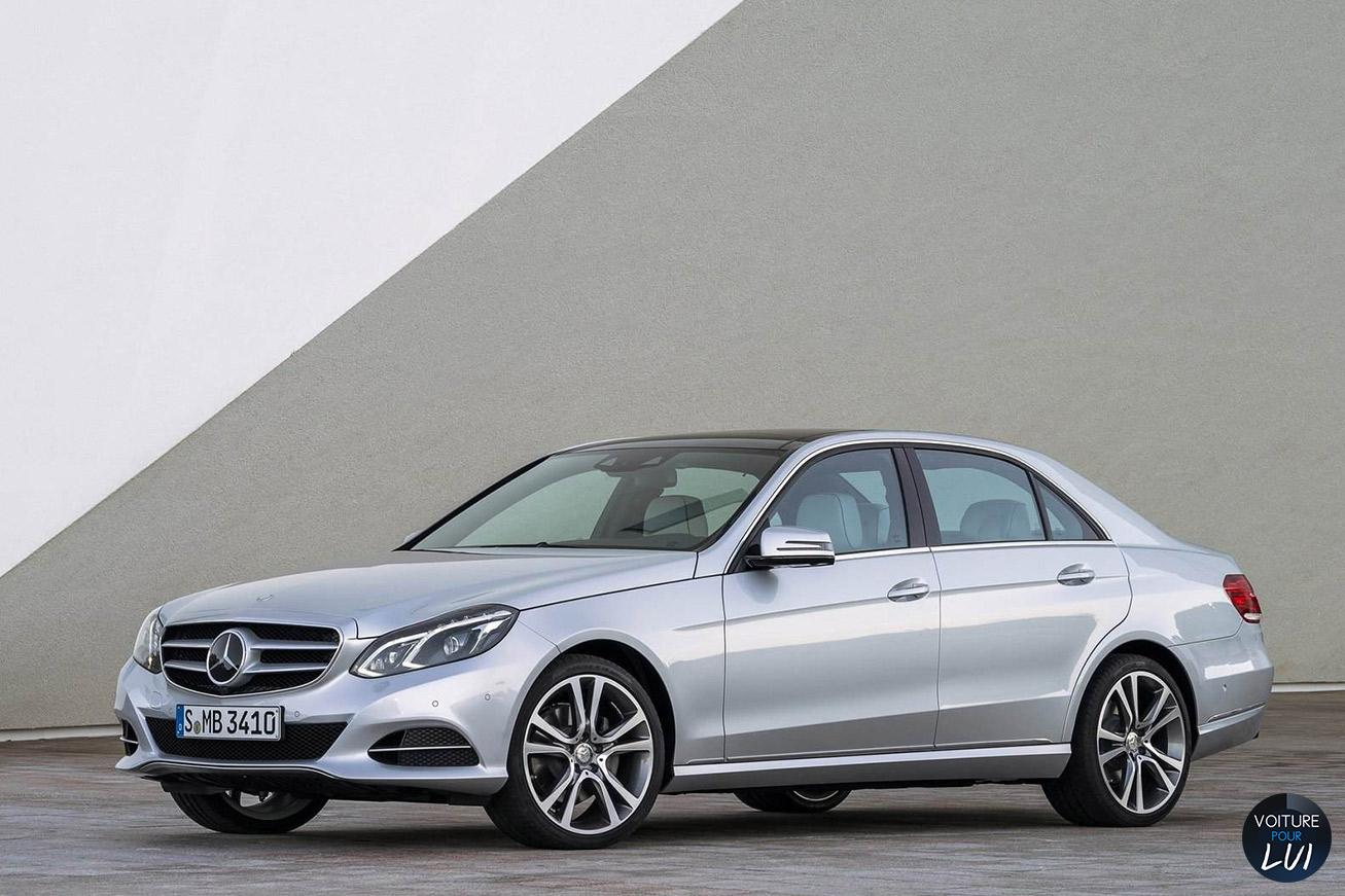 Mercedes  CLASSE E 2014   Gris  http://www.voiturepourlui.com/images/Mercedes//Exterieur/Mercedes_Classe_E_2014_015_gris.jpg