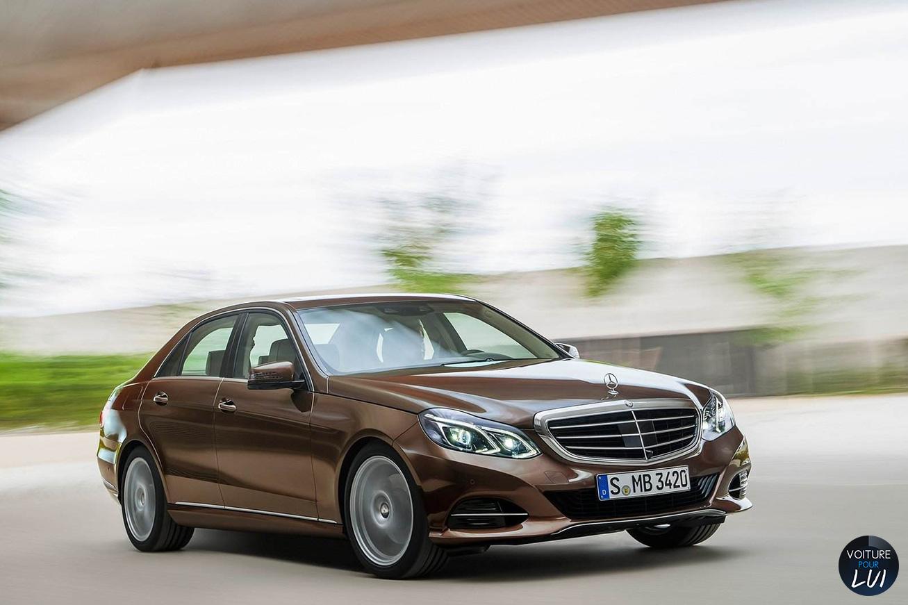 Mercedes  CLASSE E 2014    http://www.voiturepourlui.com/images/Mercedes//Exterieur/Mercedes_Classe_E_2014_022.jpg