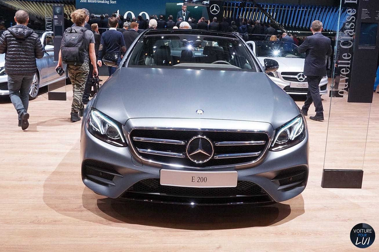 Mercedes salon