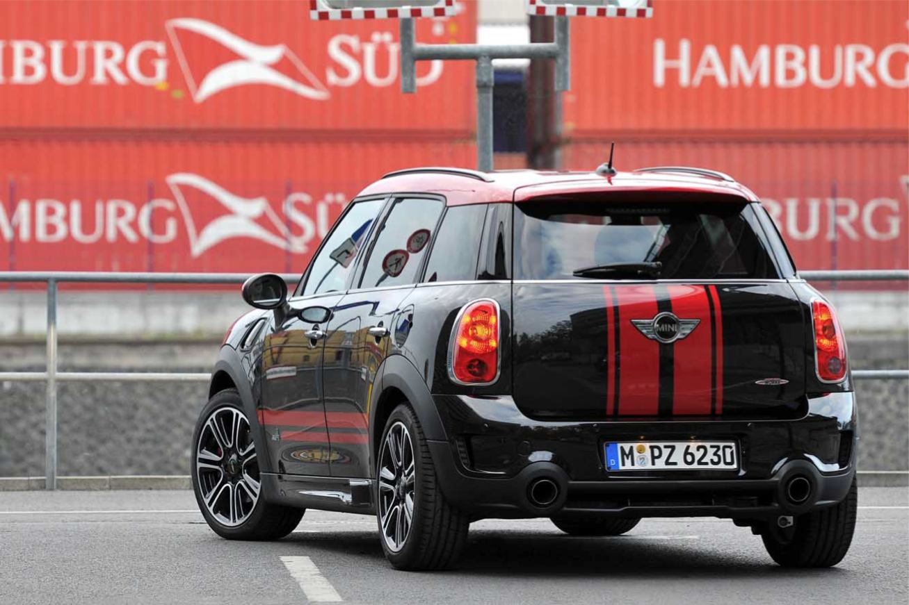countryman jcw photos crossover. Black Bedroom Furniture Sets. Home Design Ideas