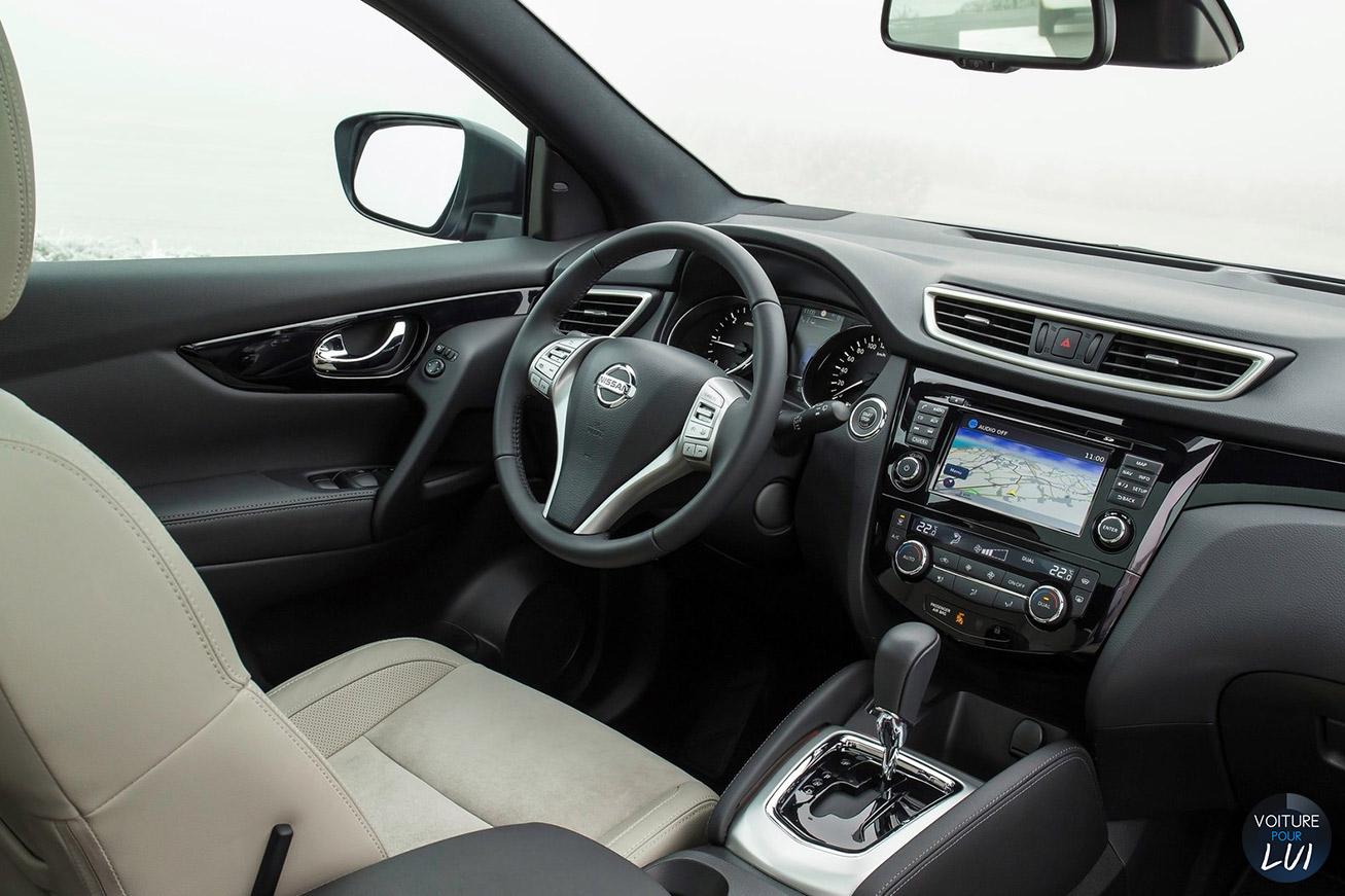 Nissan qashqai 2014 bleu for Interieur qashqai 2014