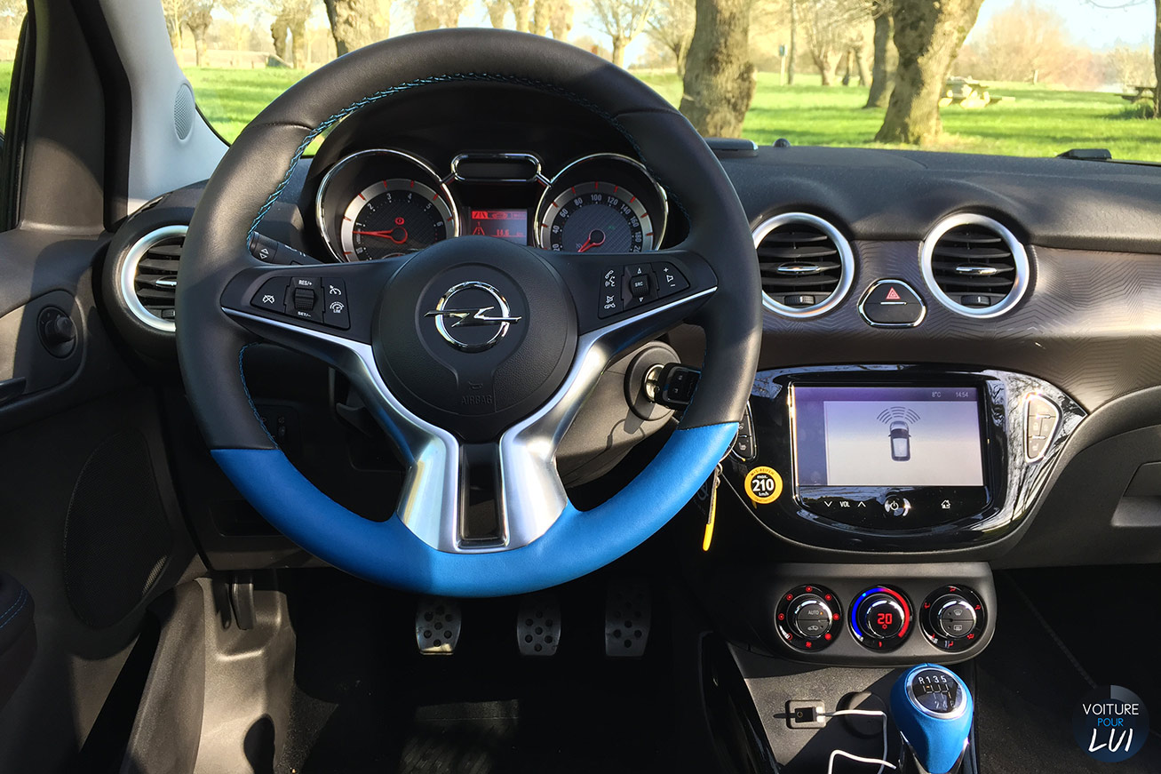 Photos opel adam rocks 2015 2015 numero 23 for Interieur opel adam