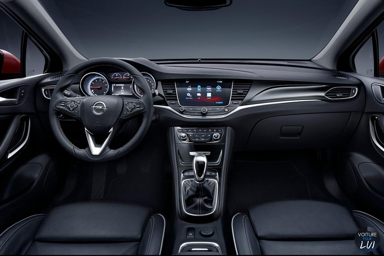 Opel  ASTRA 2015    http://www.voiturepourlui.com/images/Opel//Interieur/Opel_Astra_2015_001.jpg